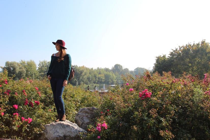 look boheme douceurs d'automne blog mode dracipana.com Lille chapeau bordeaux et pull en mohair etam